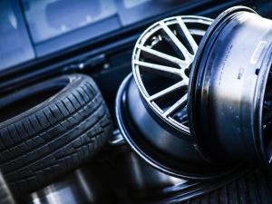 Assicurazione contro i danni dei pneumatici